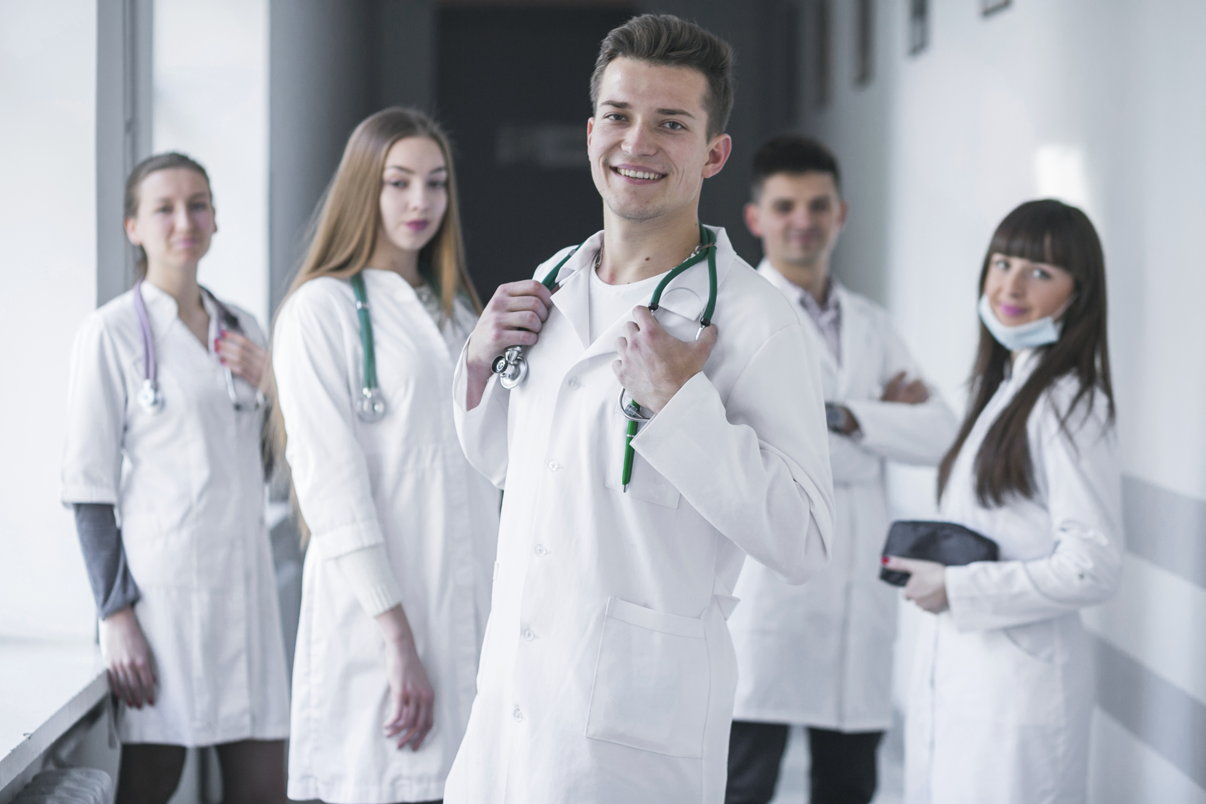 doctor-white-coat-uniform-service-girl-physician-medicine-researcher-health-care-1446783